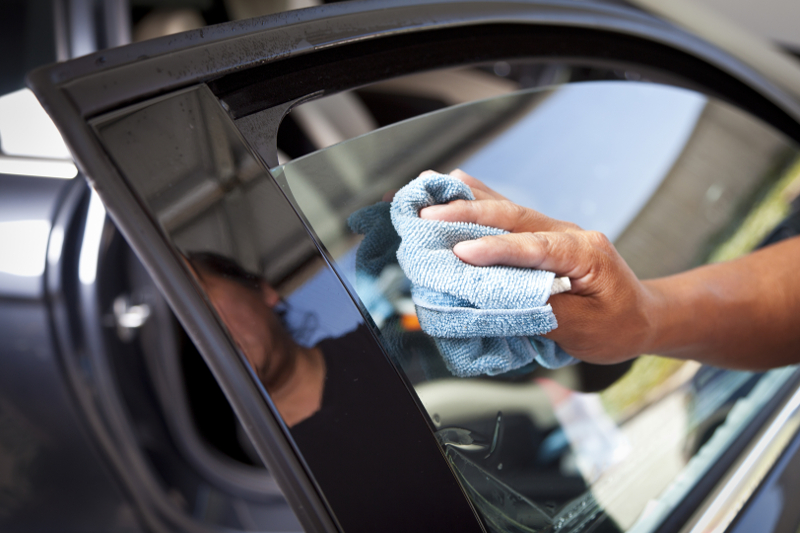 Cleaning window tint